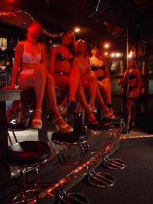 nightclub paris bristol escort